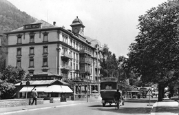 INTERLAKEN → Höheweg, Hotel Suisse Mit Oldtimer Unterwegs, Ca.1950 - BE Berne