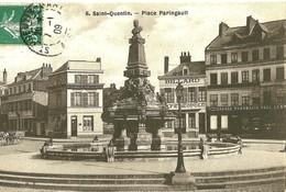 Saint Quentin. La Place Paringault,la Pharmacie Et Le Café Leopold. - Saint Quentin