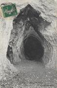 71)   CULLES  -  Entrée De La Grotte - France