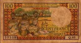 MADAGASCAR Institut D'emission Malgache 100 FRANCS De 1966nd Pick 57a - Madagascar