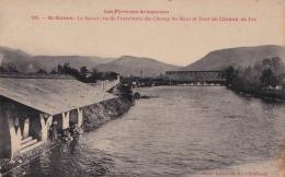A15 - 09) SAINT GIRONS (ARIÈGE)  LE SALAT VU DE L EXTREMITE DU CHAMP DE MARS ET PONT DU CHEMIN DE FER - (2 SCANS) - Saint Girons