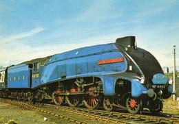 Locomotive Steam (Anglaise) -  London & NE Railway -  Class A4 No 4498 4-6-2 'Sir Nigel Gresley'  - CPM - Trains