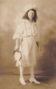 Oude Foto Meisje Poserend Met Tamboerijn; Girl With Tambourine, Fille Avec Tambourin (pk31897) - Paysans