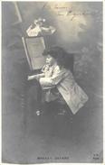 Mozart Enfant Au Piano - Edition M.V. Paris - Carte Précurseur D'une Série - Enfants