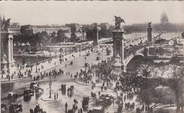 G , Cp , 75 , PARIS , Pont Alexandre III Et Les Invalides - Ponti