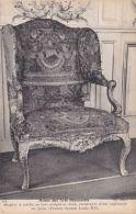 Mobilier - Bergère à Oreille En Bois Sculpté Et Doré - Tapisserie Au Point - Epoque Louis XV - Autres