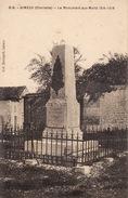 Gimeux Le Monument Aux Morts CPA - Autres Communes