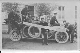 Uriage 1915 Hôpital Militaire Infirmiers Médecins Posant Dans Une Automobile Croix Rouge 1carte Photo 14-18 Ww1 Wk1 - Oorlog, Militair