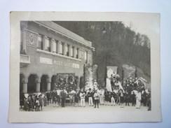 SALIES-de-BEARN  :  CAVALCADE  Devant Le Musée  -  Jolie Photo Format  18 X 13cm   XXX - Photos