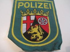 Ecusson Tissu Ancien /Police  / ALLEMAGNE/Rheinland/Années 1970 -1980  ET126 - Patches