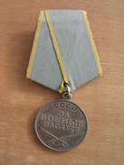 CCCP Union Soviétique : Médaille Pour Le Mérite Au Combat WW2 - Russia