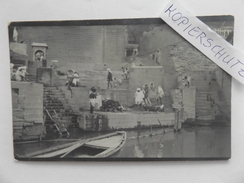 India, Benares, Hindu Cremation On Ganges, Old Foto Post-Card, 1913 - India