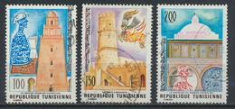 °°° TUNISIA - Y&T N°840/41/42 - 1976 °°° - Tunisia (1956-...)