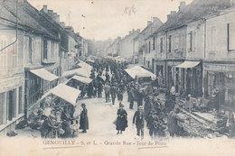 GENOUILLY  Grande Rue  Jour De FOIRE  ( Plan Animé ) - France