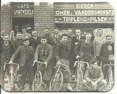 Cafe Sportwereld Een Van De Oudste Cafe's Van België - Bierviltjes