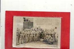 """GROUPE DE SOLDAT A LA """" CORVEE PATATES !! ) DECHIREE SUR 2 Cms EN BAS .. NON SITUEE - Guerre 1914-18"""