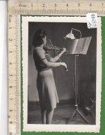 PO6514D# FOTOGRAFIA DONNA VIOLINISTA RICORDO Anni '50/STRUMENTI MUSICALI VIOLINO - Mestieri
