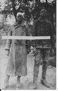Aout 1917 Aisne Chemin Des Dames Craonne Winterberg 2 Tirailleurs Sénégalais Prisonniers 1 Carte Photo 14-18 Ww1 1wk - War, Military