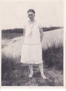 25959 Photo BELGIQUE  Plage Heyst -aout1926 - Femme - Costume