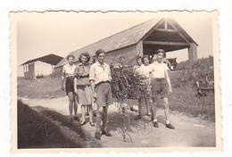 25969 Huit 8 Photo BELGIQUE  - Camp Ecole  -scout -scoutisme - Aout 1944  Ferme Piscine -pigeon - Guerre, Militaire