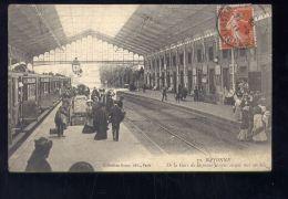 CPA (64) Bayonne  -  Intérieur De La Gare - Bayonne