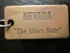 Battle Born State, Nevada, NV, Sagebrush State  Publicité  Porte-clefs PLAQUE DU  NEVADA THE SILVER STATE BATTLE BORN - Key-rings
