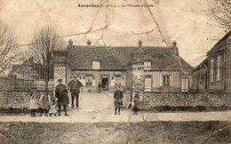 """28 LANDELLES ( Eure Et Loire )   La Maison D' Ecole .    """" Vendu En L' état """" - France"""