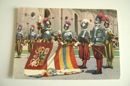 VATICANO  ROMA GUARDIA SVIZZERA  MILITARE  UNIFORME  POSTCARD  USED - Uniformi