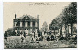 CPA   02  : PRISCES  Place école Et Mairie Animée  1920   A    VOIR  !!! - France