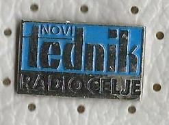 SLOVENIA Pin - Radio Celje Novi Tednik - Médias