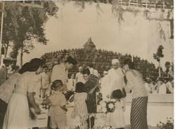 President Soekarno Of Indonesia Premier Nehru   1960 - Persone Identificate