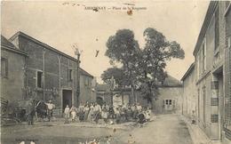 AMBONNAY - Place De La Roquette (carte Vendue En L'état) - Autres Communes