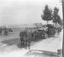 Photo Ancienne Originale Animée Un Attelage  1914 1918 Ww1  Grande Guerre - Guerre, Militaire
