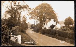 PHOTO CARD ** KNOCKHOLT ( Sevenoaks )  - OLD LONDON ROAD  With COTTAGE ** - Rare ! - Angleterre