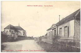 Cpa Rouilly Sacey - Rue De L'Ecole - France