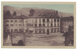 Cpa Vinay - Hôtel De Ville Et Gendarmerie - Vinay