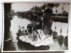 """CHATILLON-SUR-INDRE - Fêtes Sur L'Indre - Grande Photo D'un Bateau """"cerf"""" (argentique 17 Cm X 12 Cm ) Vers 1930-1940 - Lieux"""