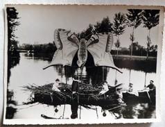 """CHATILLON-SUR-INDRE - Fêtes Sur L'Indre - Grande Photo D'un Bateau """"Papillon"""" (argentique 17 Cm X 12 Cm ) Vers 1930-1940 - Lieux"""