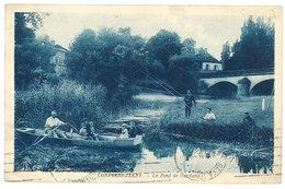 Cpa Conflans Jarny - Le Pont De Conflans ( Pêcheur ) - France