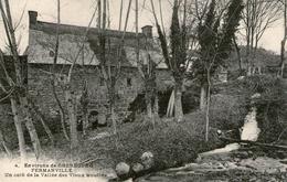 (4) CPA  Fermanville  Vieux Moulins    (bon Etat) - France