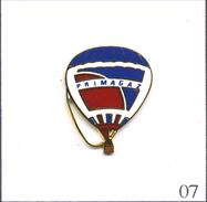 Pin´s Montgolfière - Primagaz N° 02. Estampillé Badges Impact. EGF. T501-07 - Montgolfier
