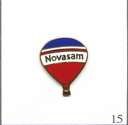 Pin´s Montgolfière - Novasam N°02. Estampillé B.I. EGF. T501-15 - Montgolfier