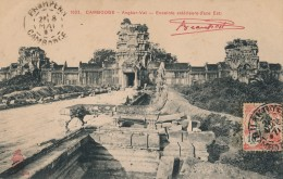 G11 - CAMBODGE - ANGKOR-VAT - Enceinte Extérieure - Face Est - Cambodja