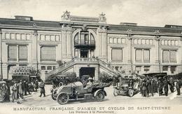Saint Etienne - Manufacture D'armes Et De Cycles - Visiteurs - Voitures Anciennes - Saint Jean Soleymieux