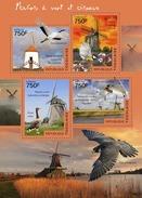 TOGO 2014 - Geese, Windmills; CV = 17 €