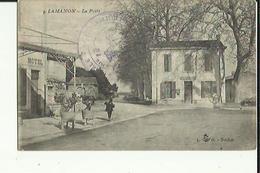 Lamanon  13    La Poste Et, La Rue Animée E Hotel - Autres Communes