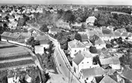 CPSM 67 HUTTENHEIM RUE DU GENERAL DE GAULLE - France