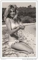 Sexy CATHERINE DENEUVE Actress PIN UP Postcard - Publisher RWP 2003 (2) - Artistes