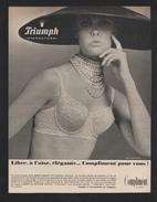 Pub Papier 1965 Confection Lingerie Sous Vetements TRIUMPH Gaine Soutien Gorge Dessin Femme  Pin Up - Advertising