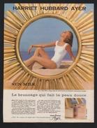 Pub Papier 1961 Produits De Beauté Cosmétique Harriet Hubbar Ayer Femme Pin Up Plage Bronzage - Advertising